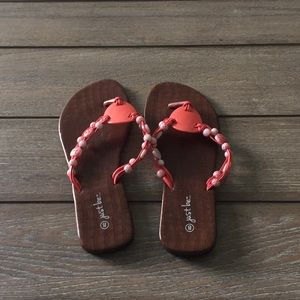 Just be... coral flip flops size 8